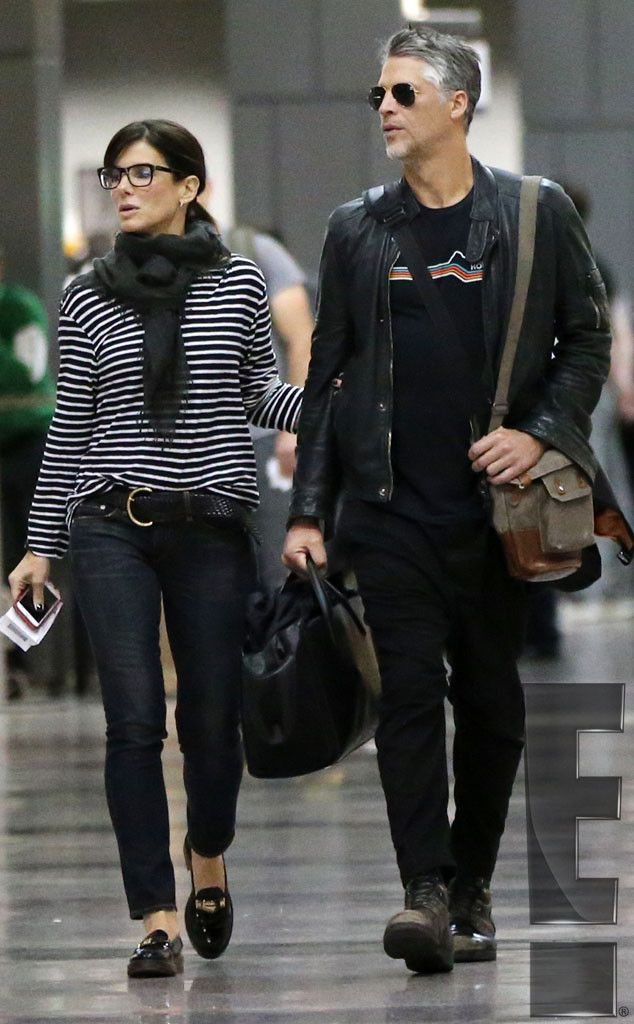 Sandra Bullock And Boyfriend Bryan Randall Enjoy A Weekend Getaway Details About Their Love Filled Vacation E Online