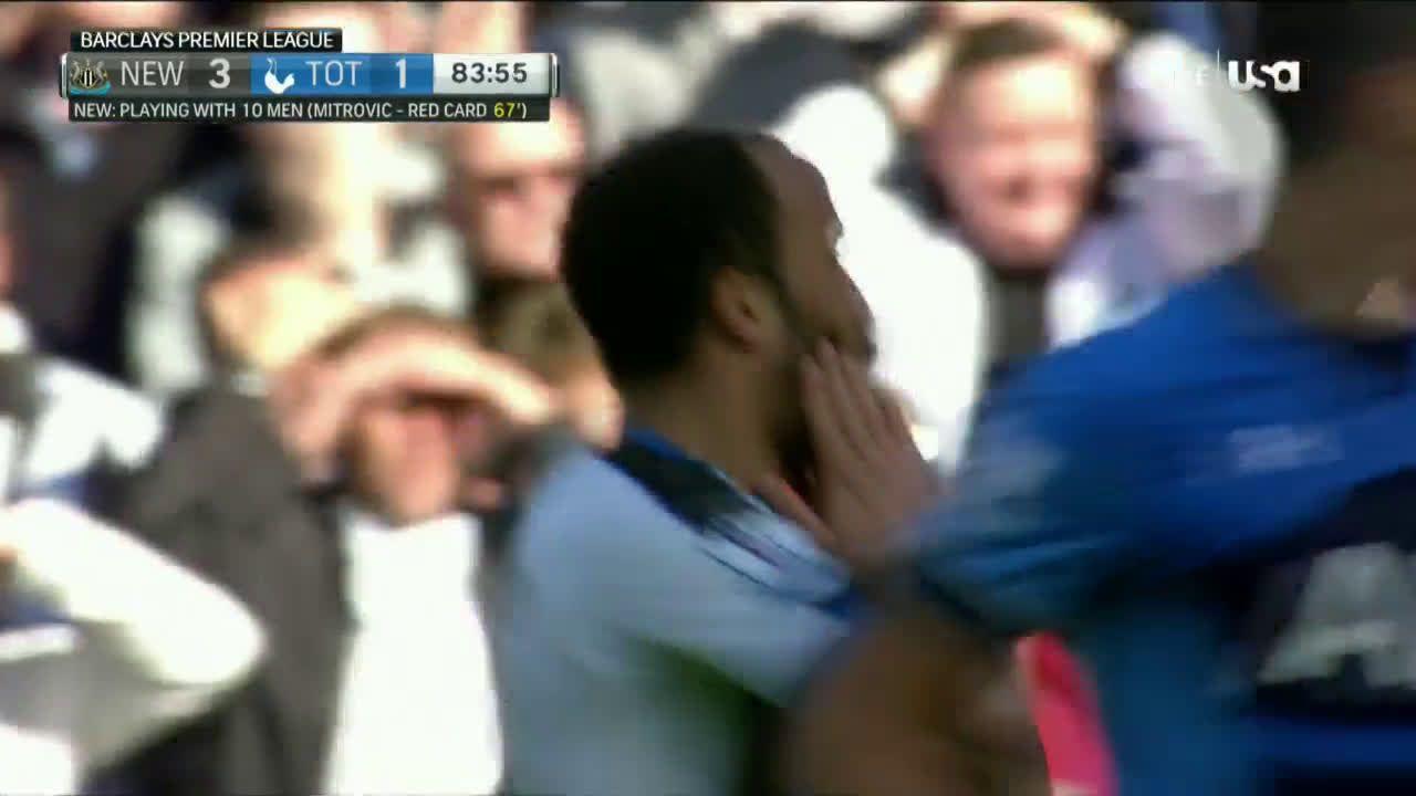 R. Aarons scores against Tottenham Hotspur (4-1)