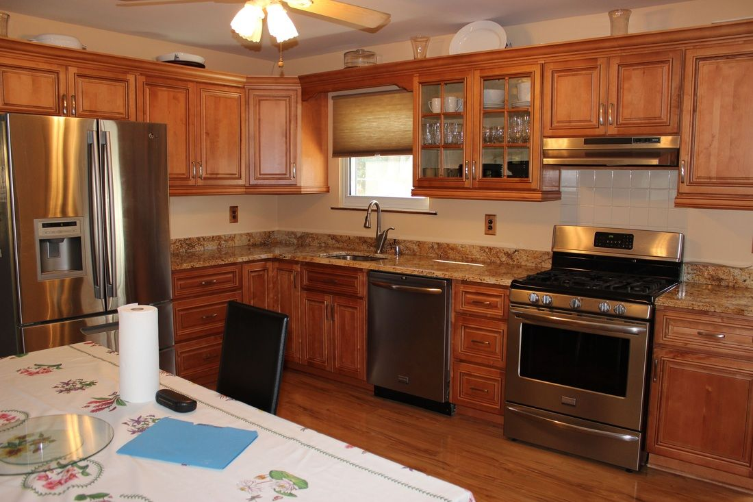 Kitchen Cabinets Refacing And Remodeling By Licensed And Insured Professionals Bypass The Mid Refacing Kitchen Cabinets Kitchen Cabinets Remodeling Companies