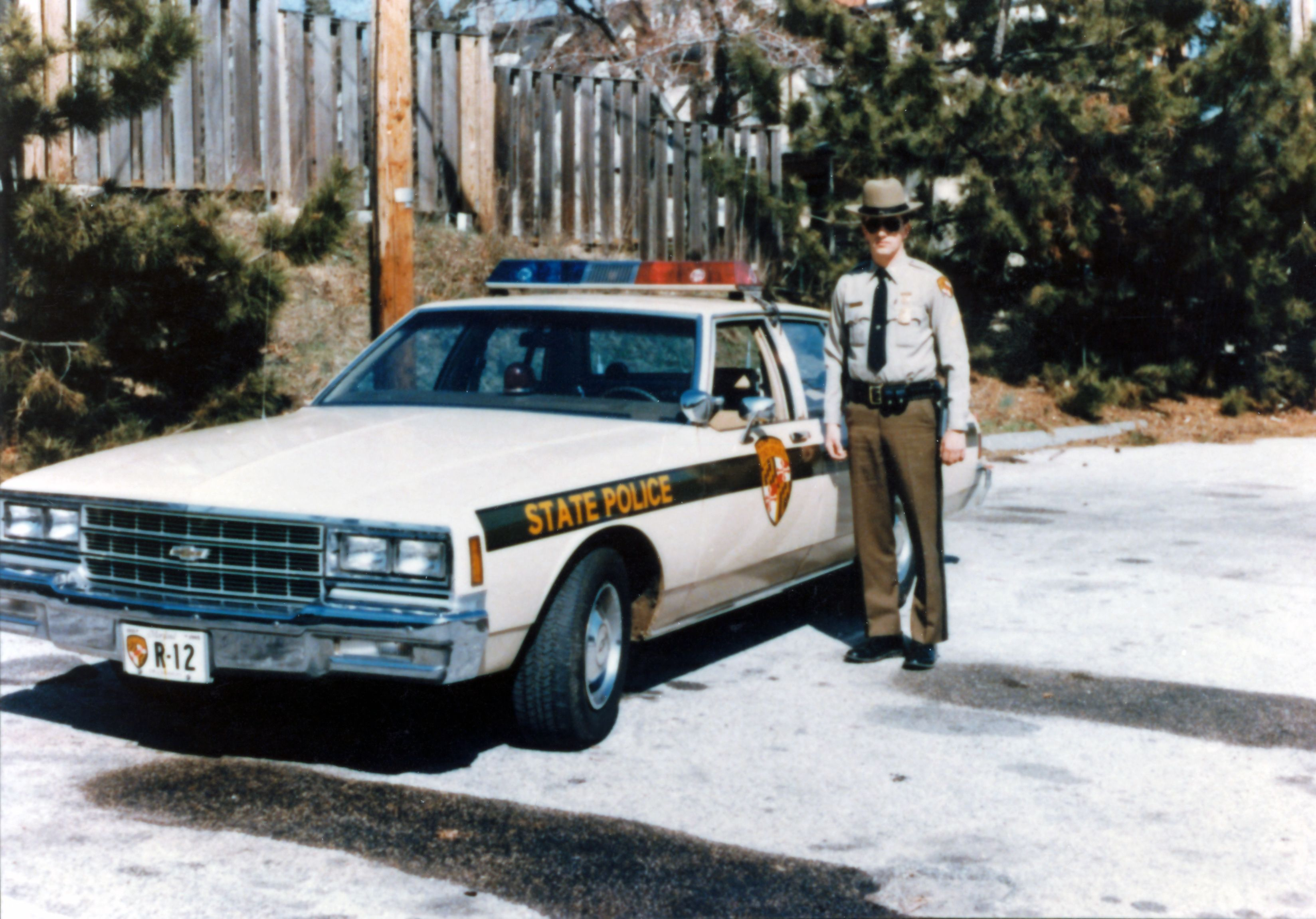 Maryland State Trooper And Car State Police Police Cars Old Police Cars