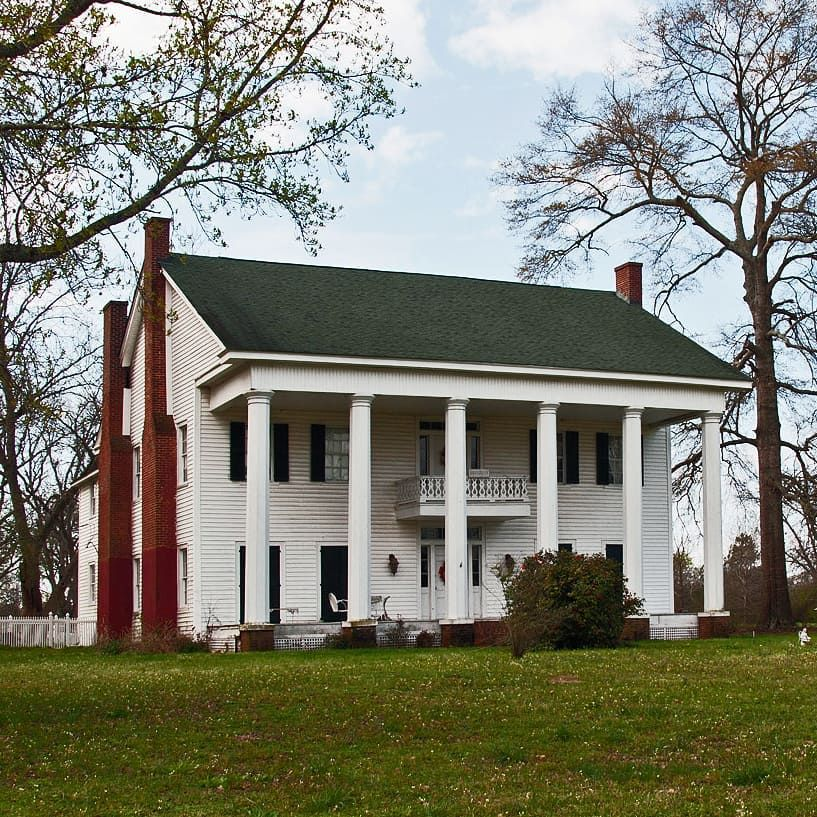 Gable Roof Can Fit So That The Roof Ends Just Beyond The: Mill-Albritton House At Orrville