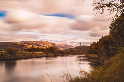 scotland - Look down the River Forth and you can see the Wallace monument standing proud on an outcrop of volcanic rock 👌  📷 Andrew Sherriff‎