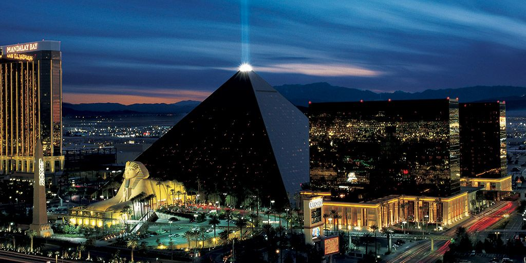 las vegas hotels with view of bellagio fountains