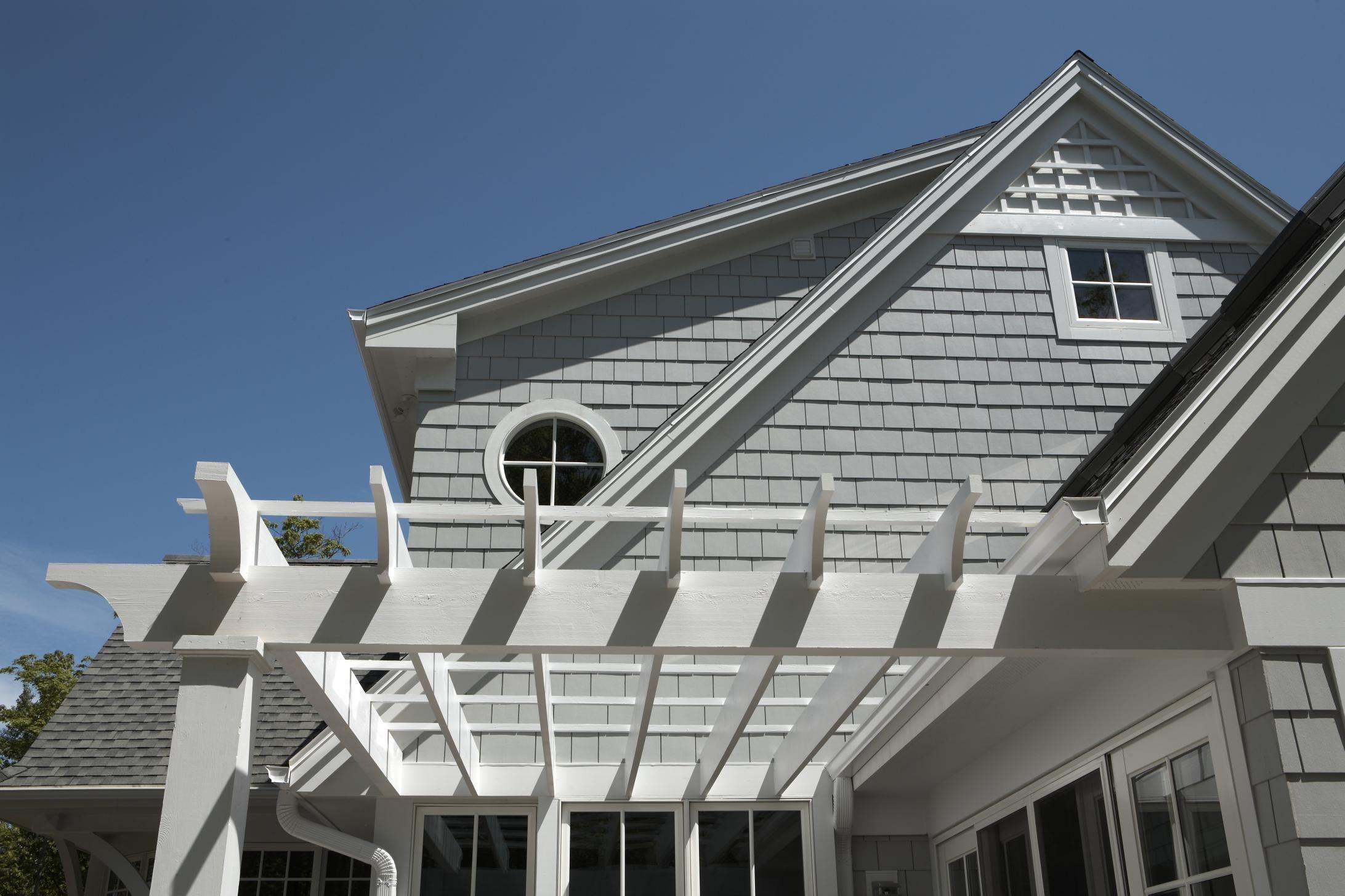 Best Light Mist Hardieshingle With Images Coastal Cottage 400 x 300