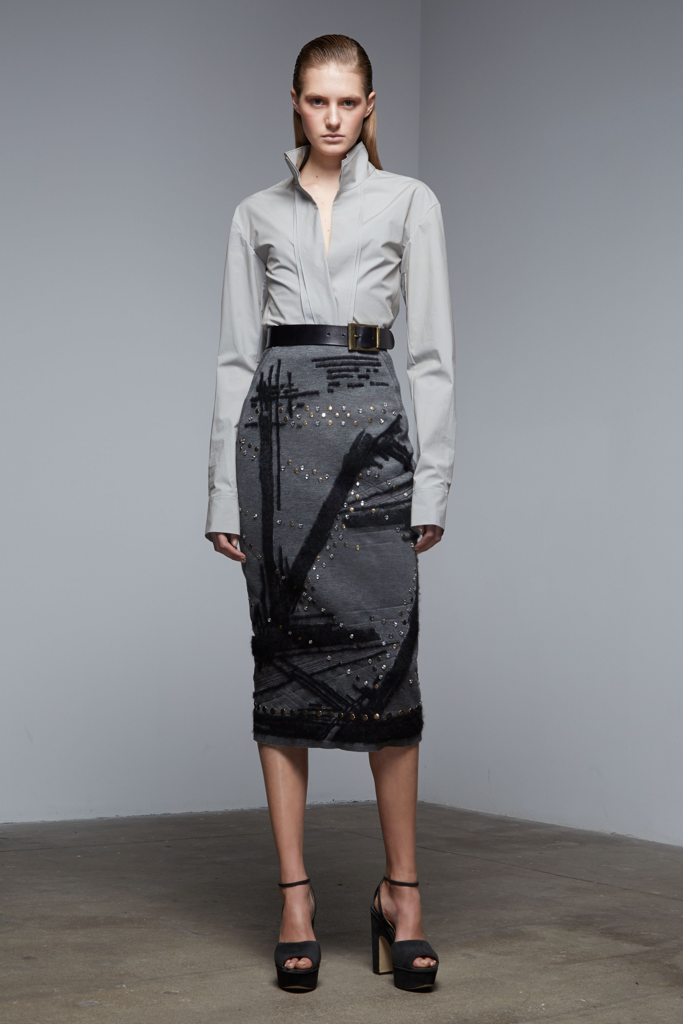 4545445fa25 130 Standout Looks From Prefall 2015 - ELLE.com