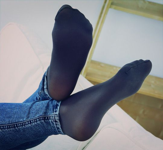 Pin on Oh Them Beautiful Feet And Toes 3