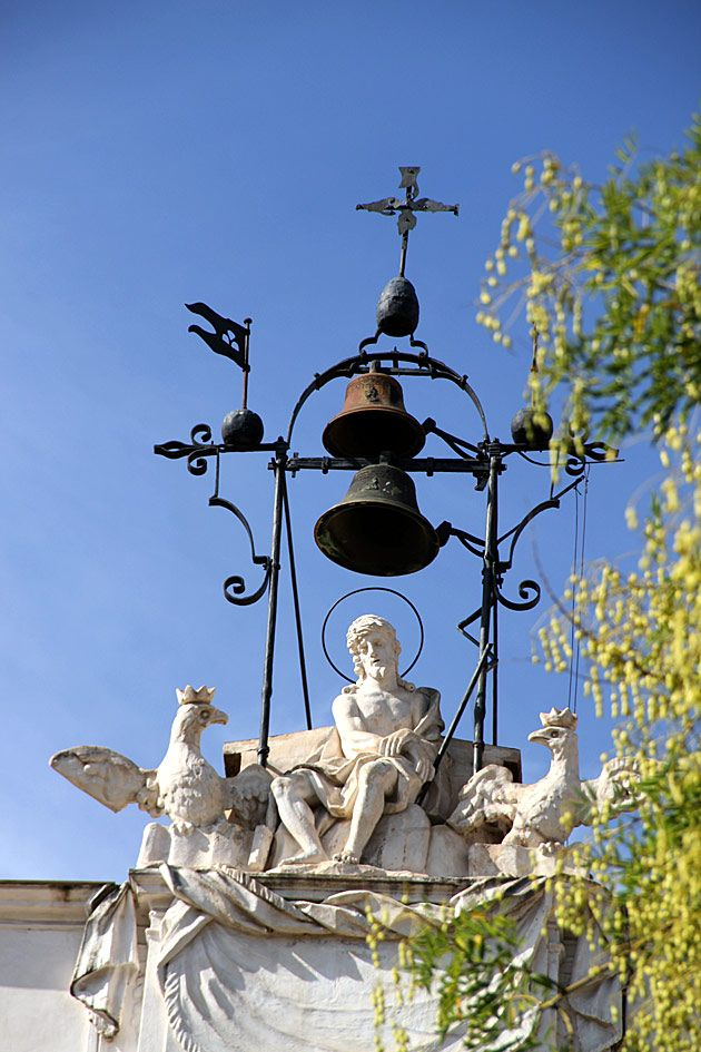 Bell in Il Capo Market behind the Cathedral #Palermo.