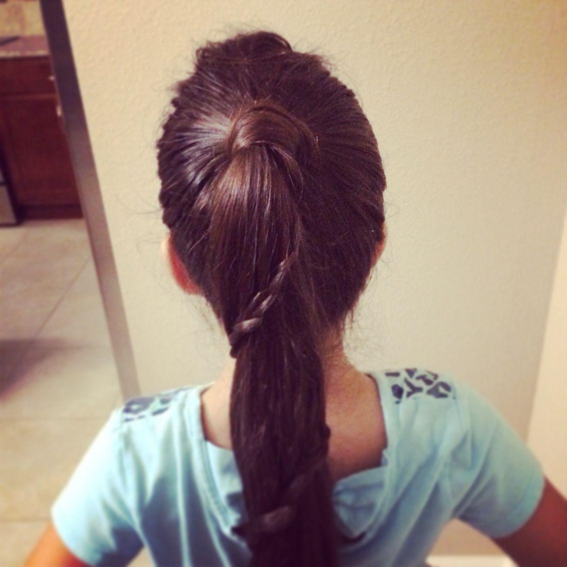 Simple ponytail / hair style