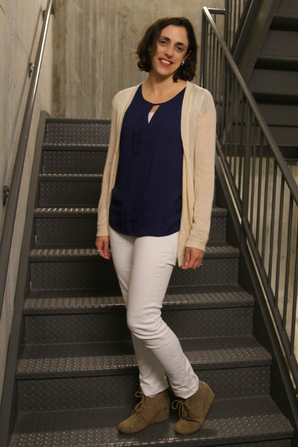 White jeans outfit with navy top, cream cardigan and leopard print ...