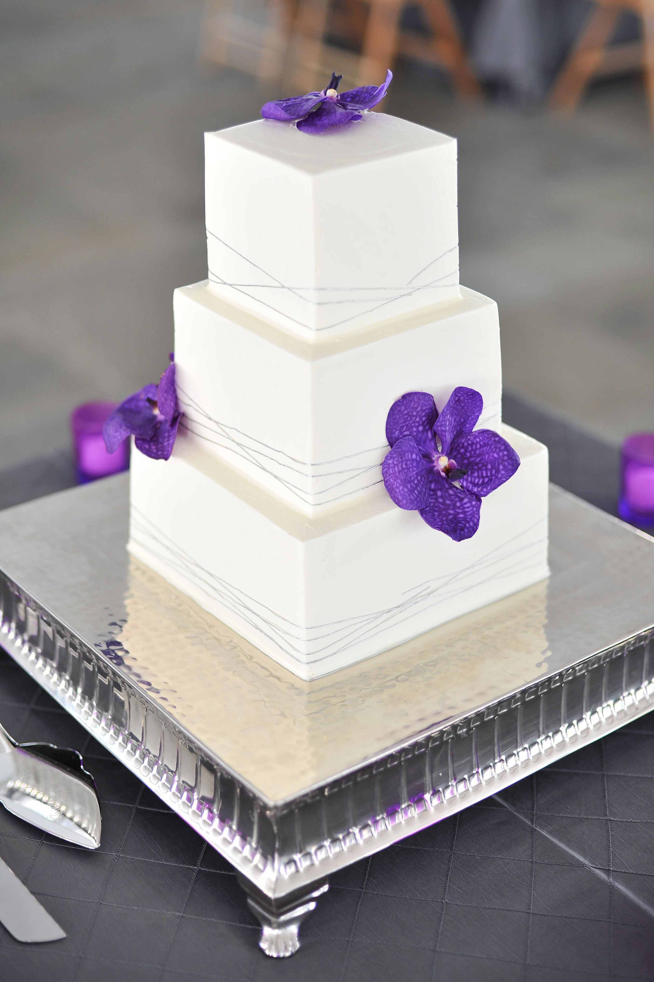 wedding cakes with purple accents purple accents wedding cake torte 26088