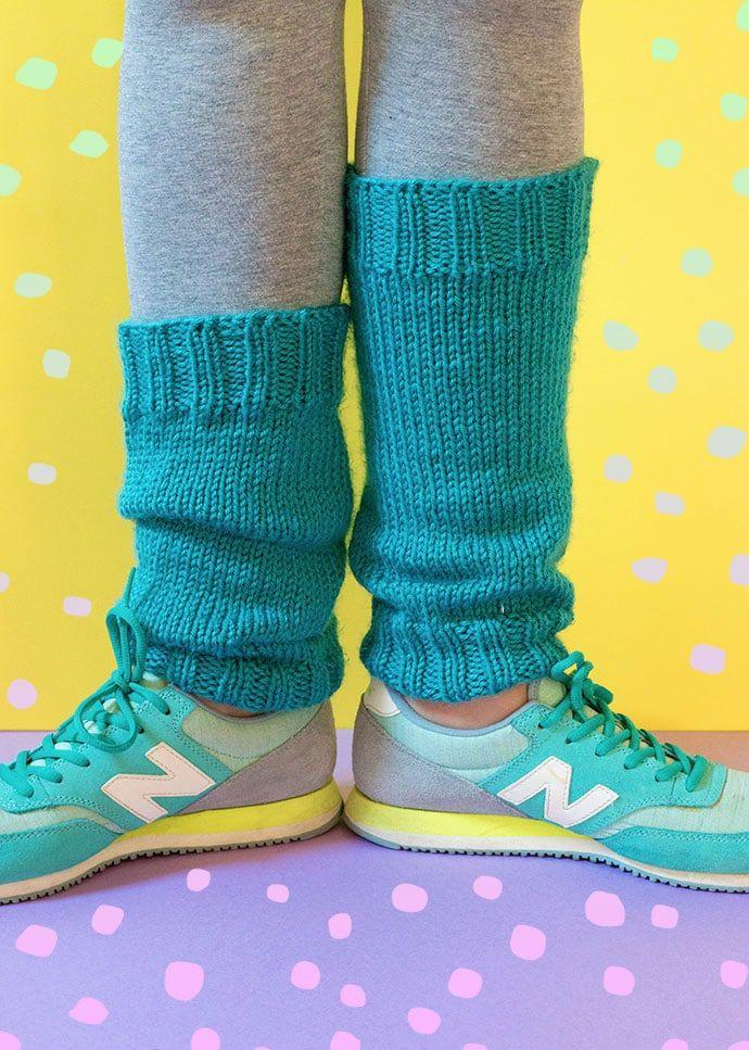Retro Knitting Pattern: Classic Legwarmers   Knitting ...