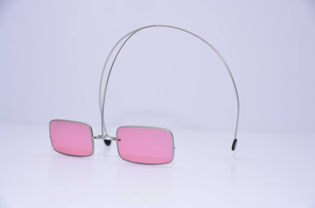 b3b6d08e46 These proto-y2k over-the-head sunglasses by Chanel ❤ (198 ...