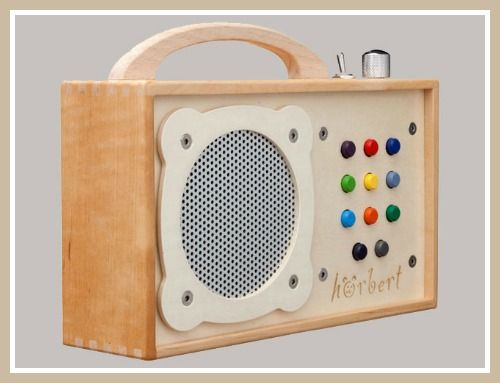 h rbert a wooden mp3 player for kids for the kids pinterest kinderkram kinderspielzeug. Black Bedroom Furniture Sets. Home Design Ideas