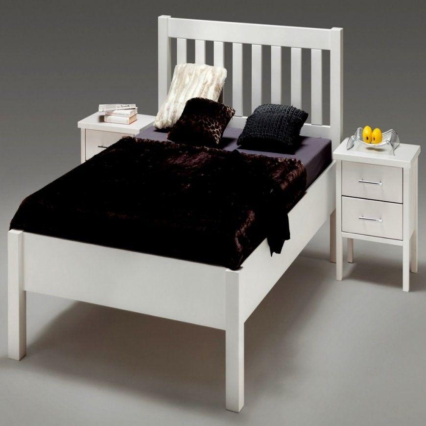 Wunderbar Bettgestell 140x200 Weiss Holz Bett Weis Gebraucht Von Bettgestell 140x200 Gebraucht Photo In 2020 Bettgestell Bett Bett Mit Lattenrost