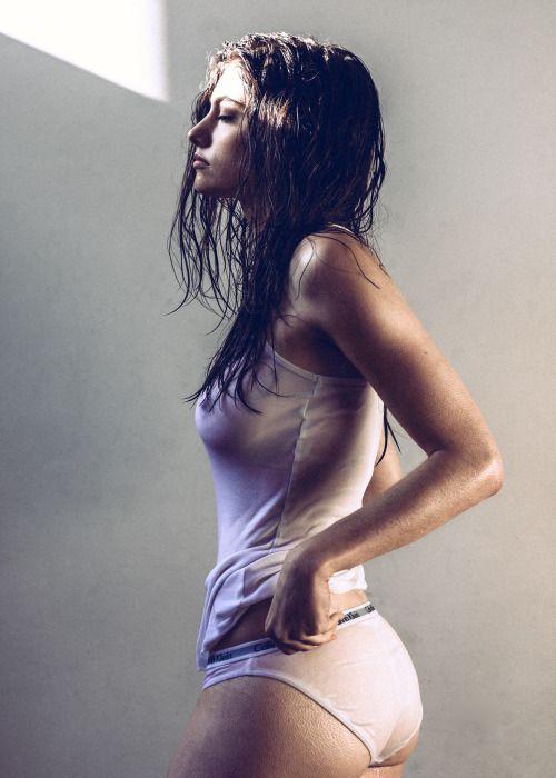 Lauren Nicholas by Wesley Carter