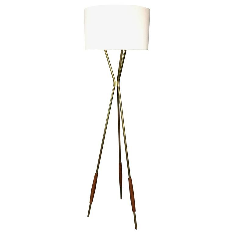 Gerald thurston brass and wood torchre floor lamp usa 1950s gerald thurston brass and wood torchre floor lamp usa 1950s mozeypictures Images