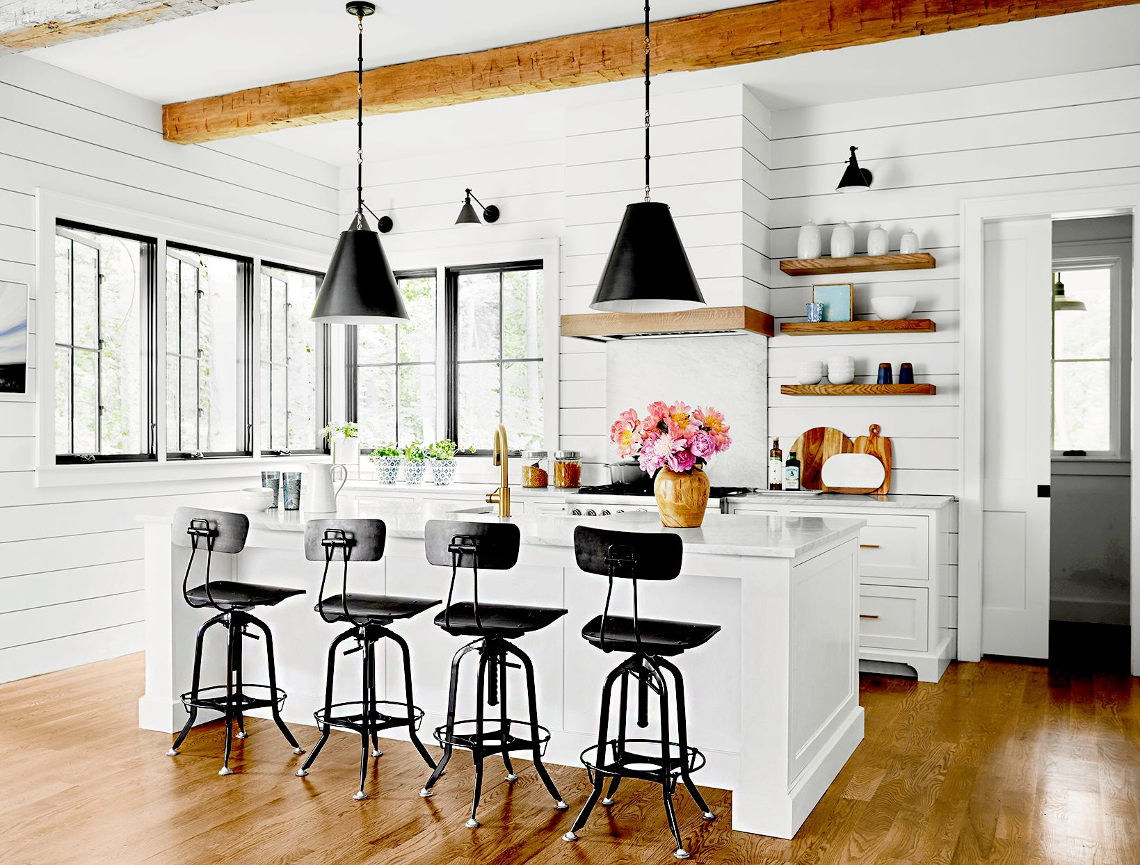 23 farmhouse kitchen ideas for a perfectly cozy cooking
