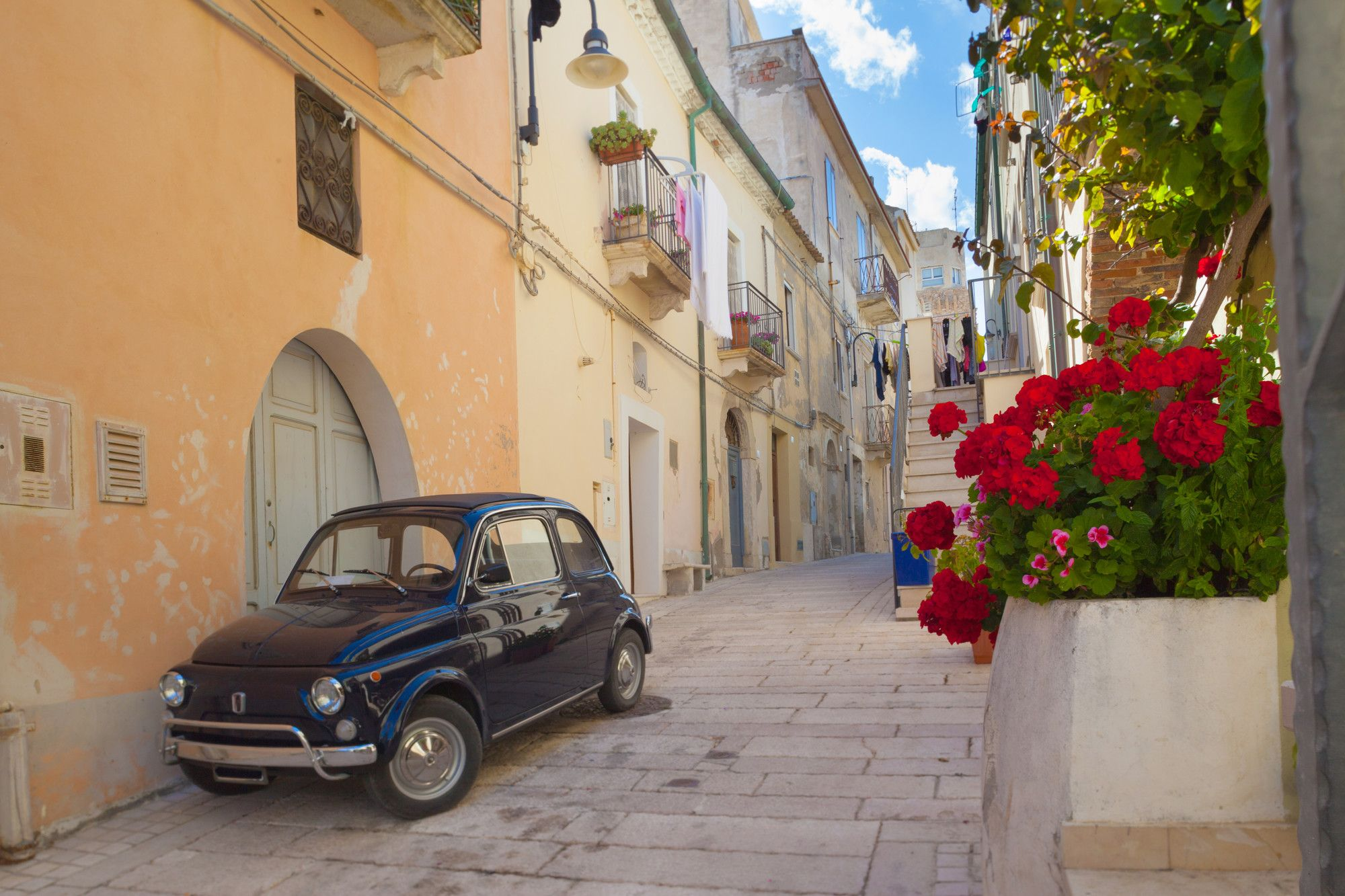 Beautiful towns in Southern Italy. What better way to visit this country than by staying at a thermal spa hotel with natural spring water and healing natural mud ❤ Learn about the 10 best spa hotels in Italy on our blog ❤ - - - - - - - - - - #daydreaming #luxurytravel #swimming #islands #seaside #motivation #travel #honeymoon #thalassotherapy #holidayoffers #naples #italyholidays #italyspas