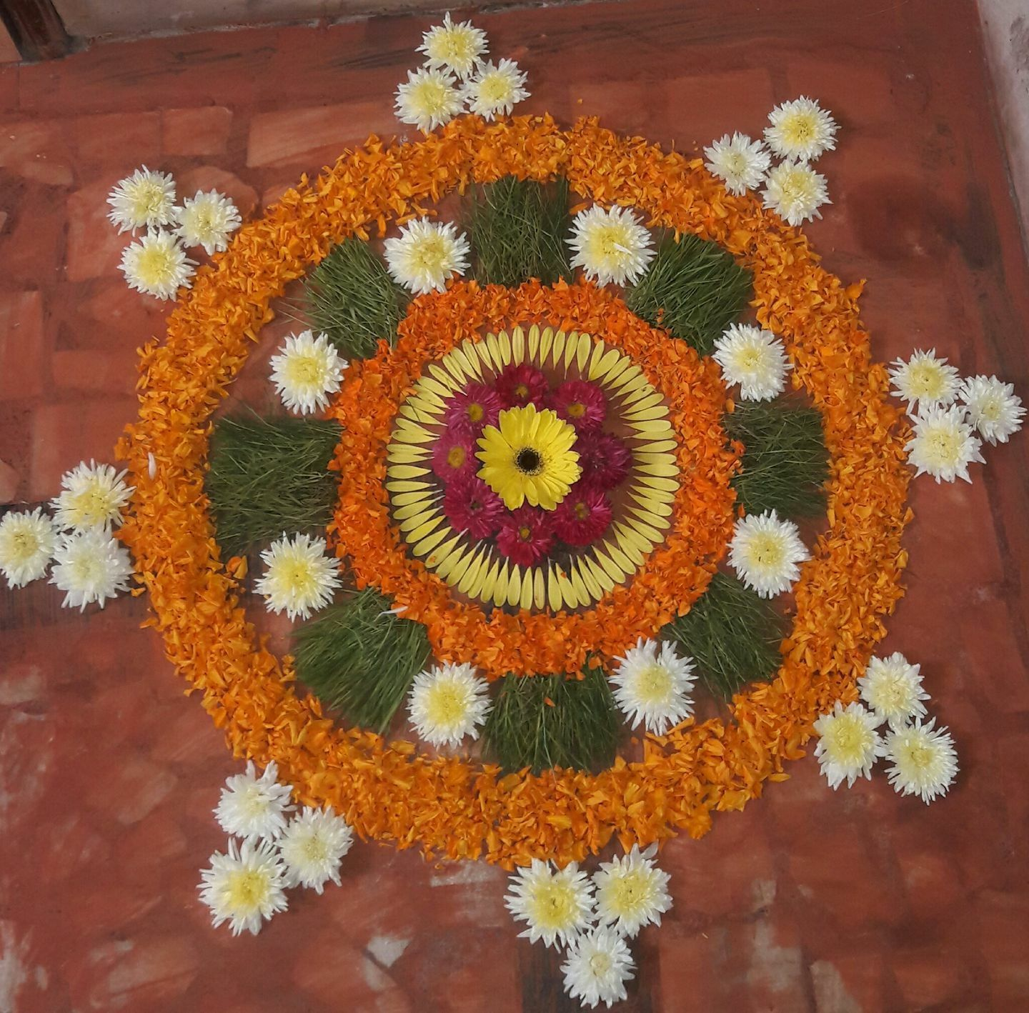 Flower rangoli Rangoli designs flower, Rangoli designs