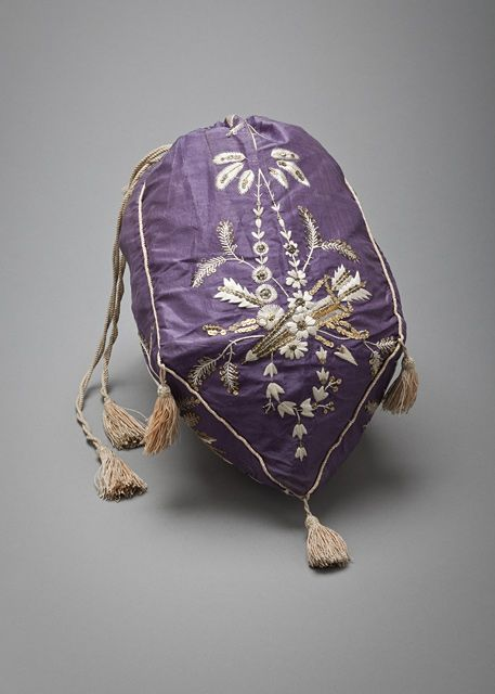 Reticule (Purse) 1810, French, made of silk