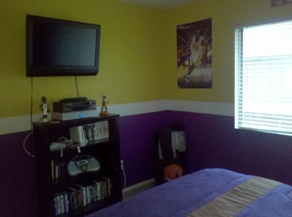 My Son Loves The Lakers And Asked Us For An All Lakers Room This Is What Weve Done So Far Wall Facing Bed Boys Rooms D