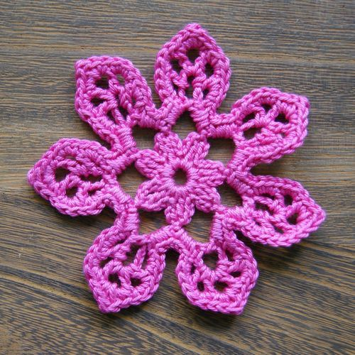 Free Crochet Flower Pattern \'Tahiti Blossom\' | gehäkelte Blumen ...