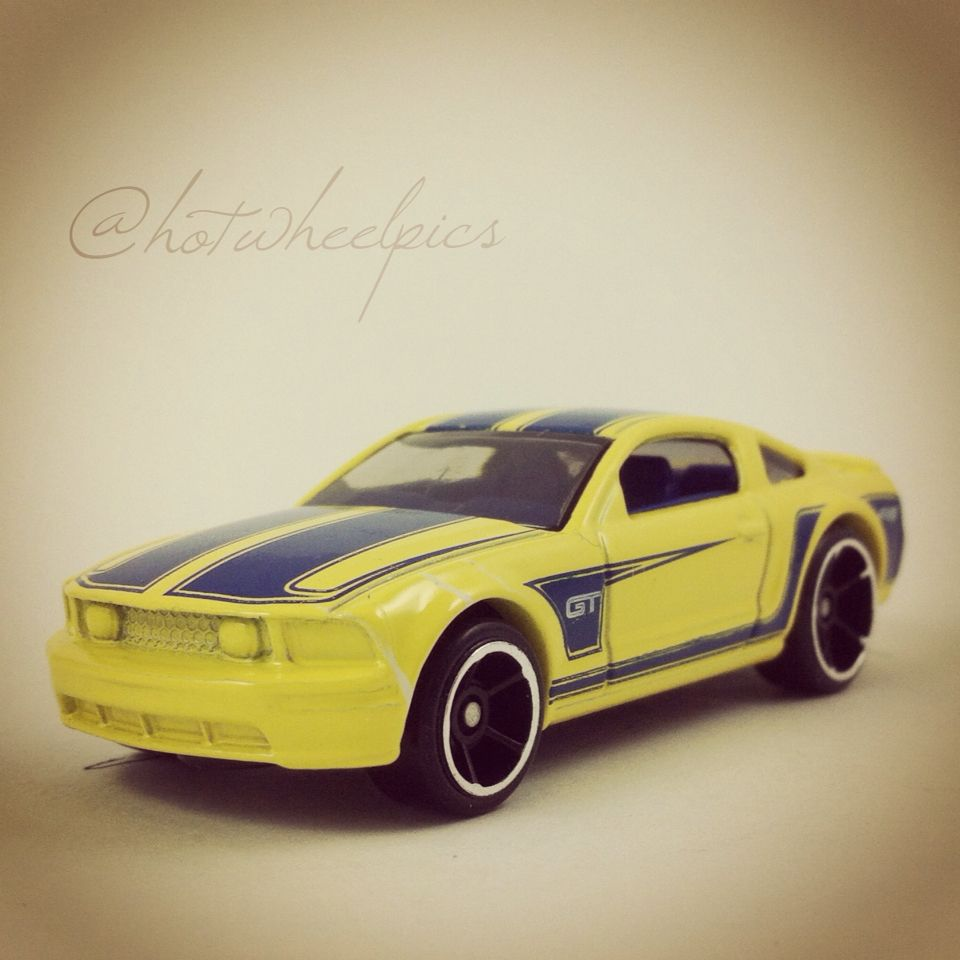 2005 Mustang Gt 2014 Hot Wheels Hw City Mustang 50th