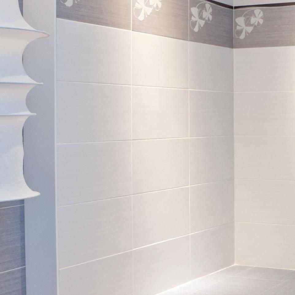 9x18 wall tiles stacked walls need to be in perfect for Bathroom wall