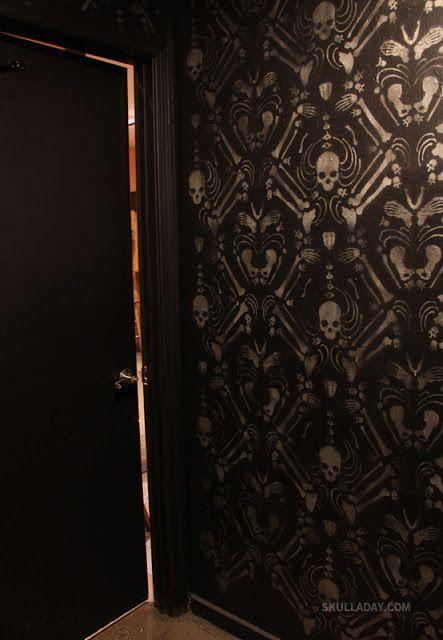 Skull Bathroom Decor: Skeleton Damask. (crazy Cool Wallpaper)