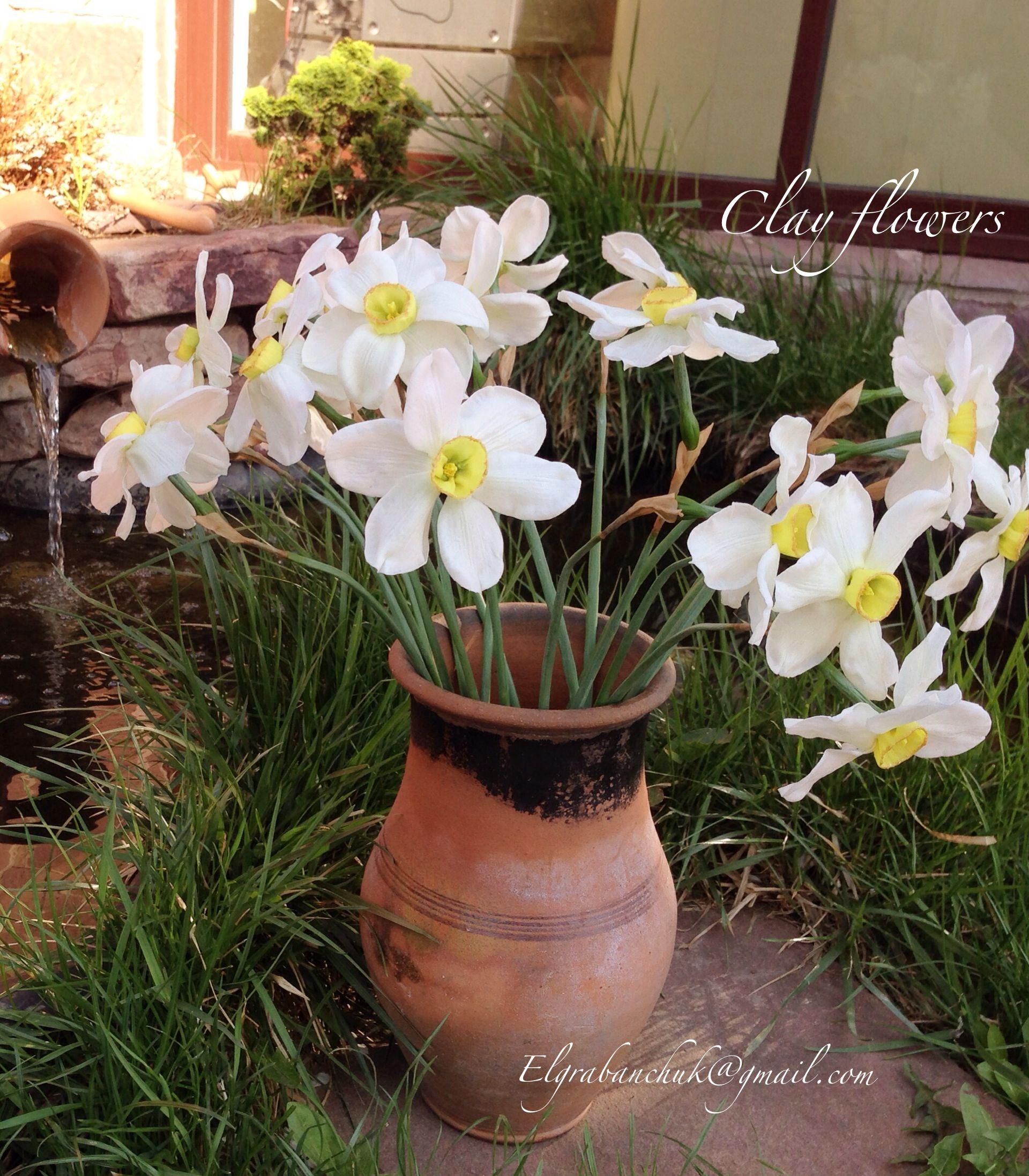 Handcrafted clay daffodils. Нарциссы из холодного фарфора.