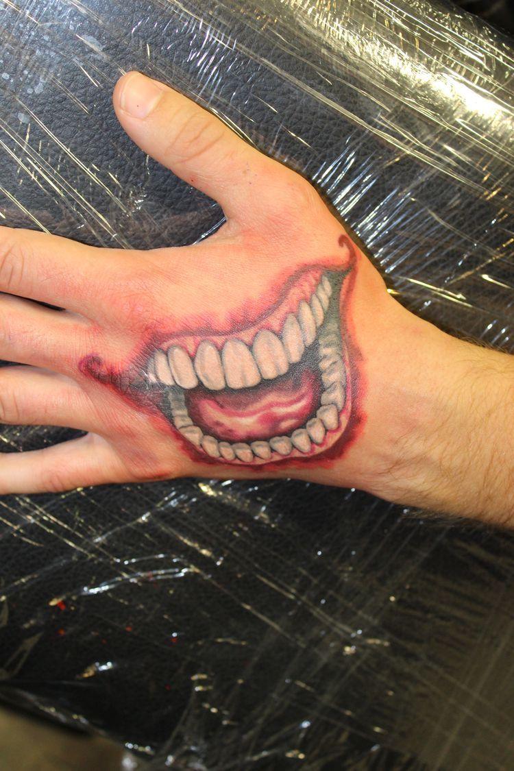 Hand Mouth Tattoo : mouth, tattoo, Euphoric, 문신, (tattoos), Mouth, Tattoo,, Tattoos,, Tattoos
