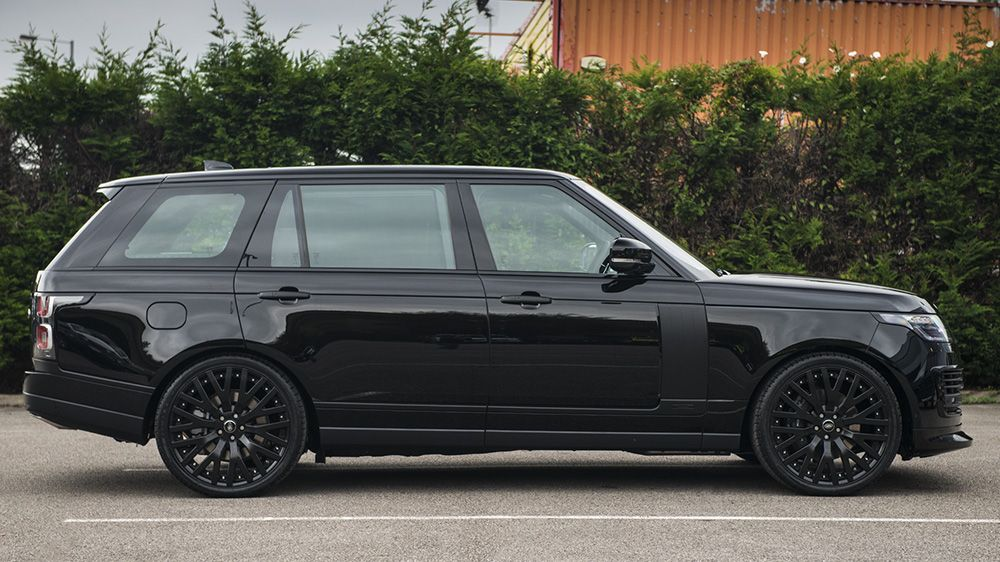 Land Rover Range Rover 5 0 Supercharged Autobiography Lwb By Kahn Range Rover Supercharged Range Rover Lwb Land Rover
