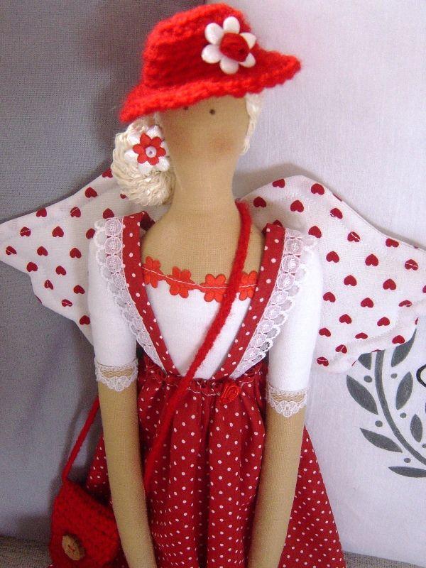 V červenom klobúčiku …
