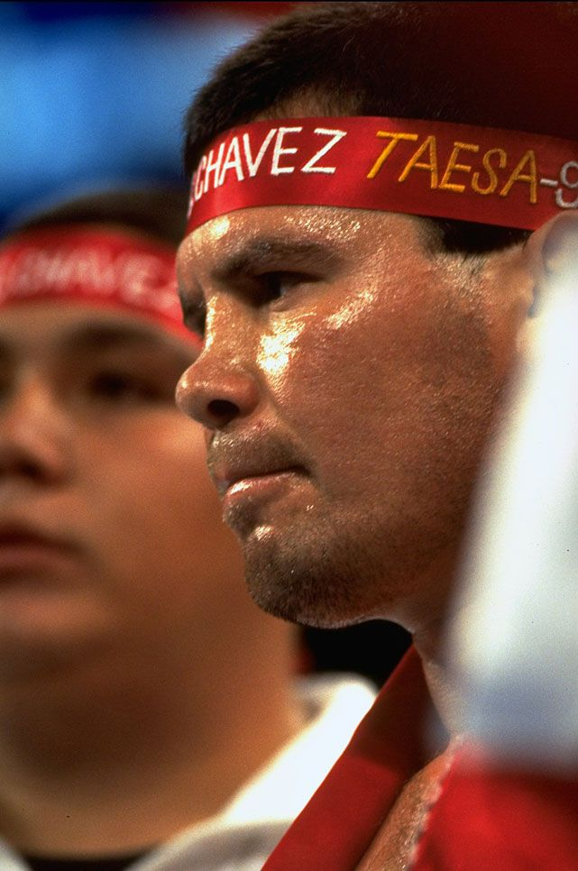 Mexican Julio C 233 Sar Ch 225 Vez Three Division Champion Boxing Hall Of Fame Class Of 2011
