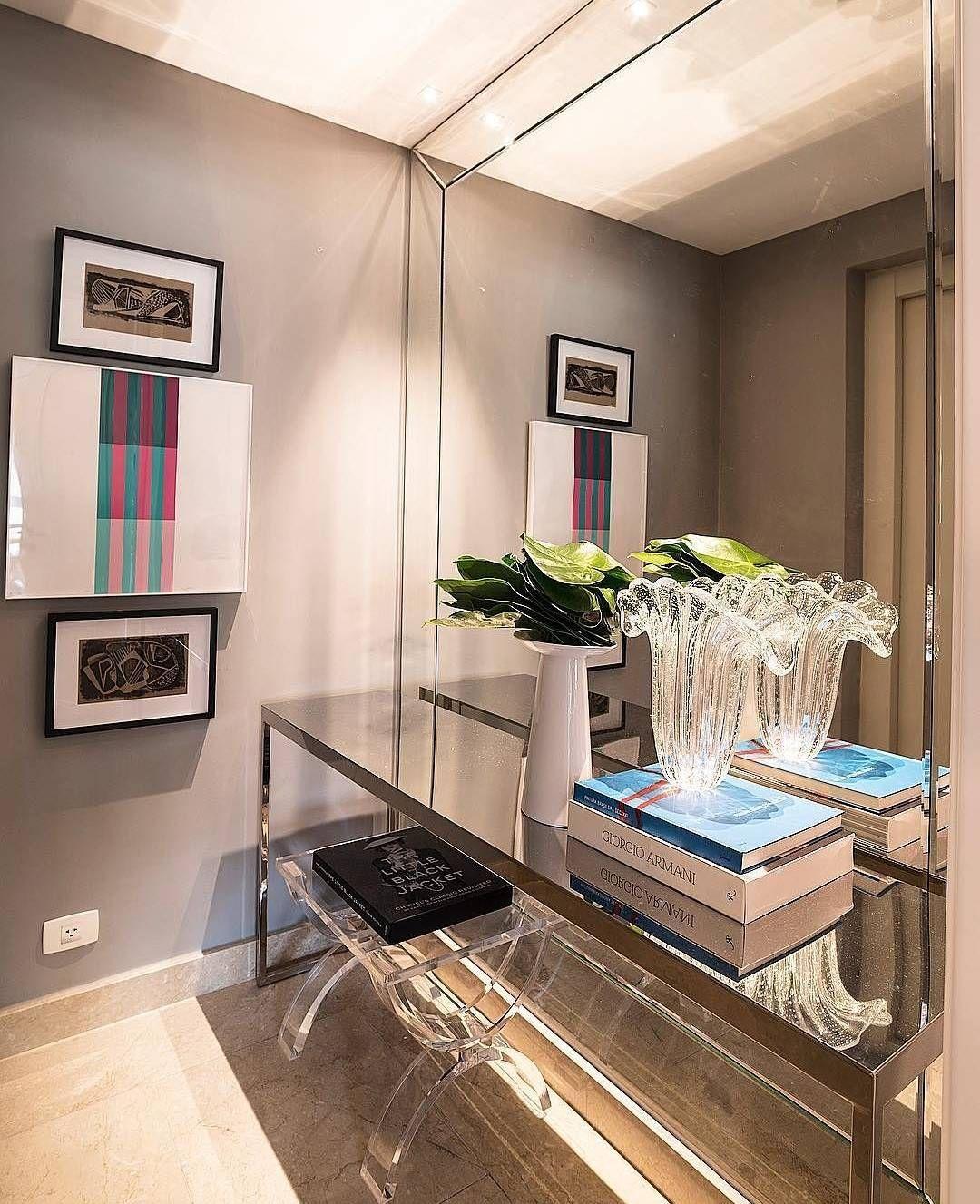 Composição Super Elegante Para Um Hall De Entrada Por Bruno Carvalho Design!  #decoration #