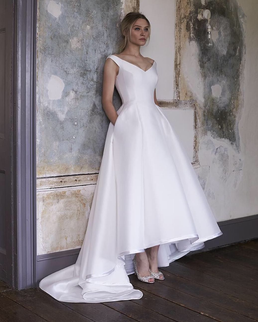 Simple Classic Traditional Elegant Wedding Dress By Sassi Holford