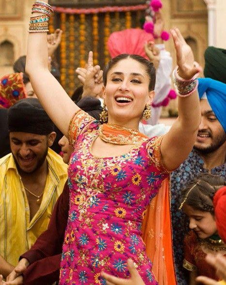 Kareena In Jab We Met Kareena Kapoor Kareena Kapoor Khan Bollywood Fashion