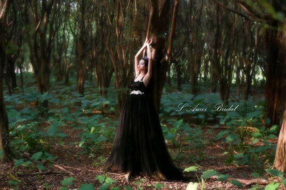 Full Length Black Goth Style Tulle Wedding Bridal Dress by LAmei
