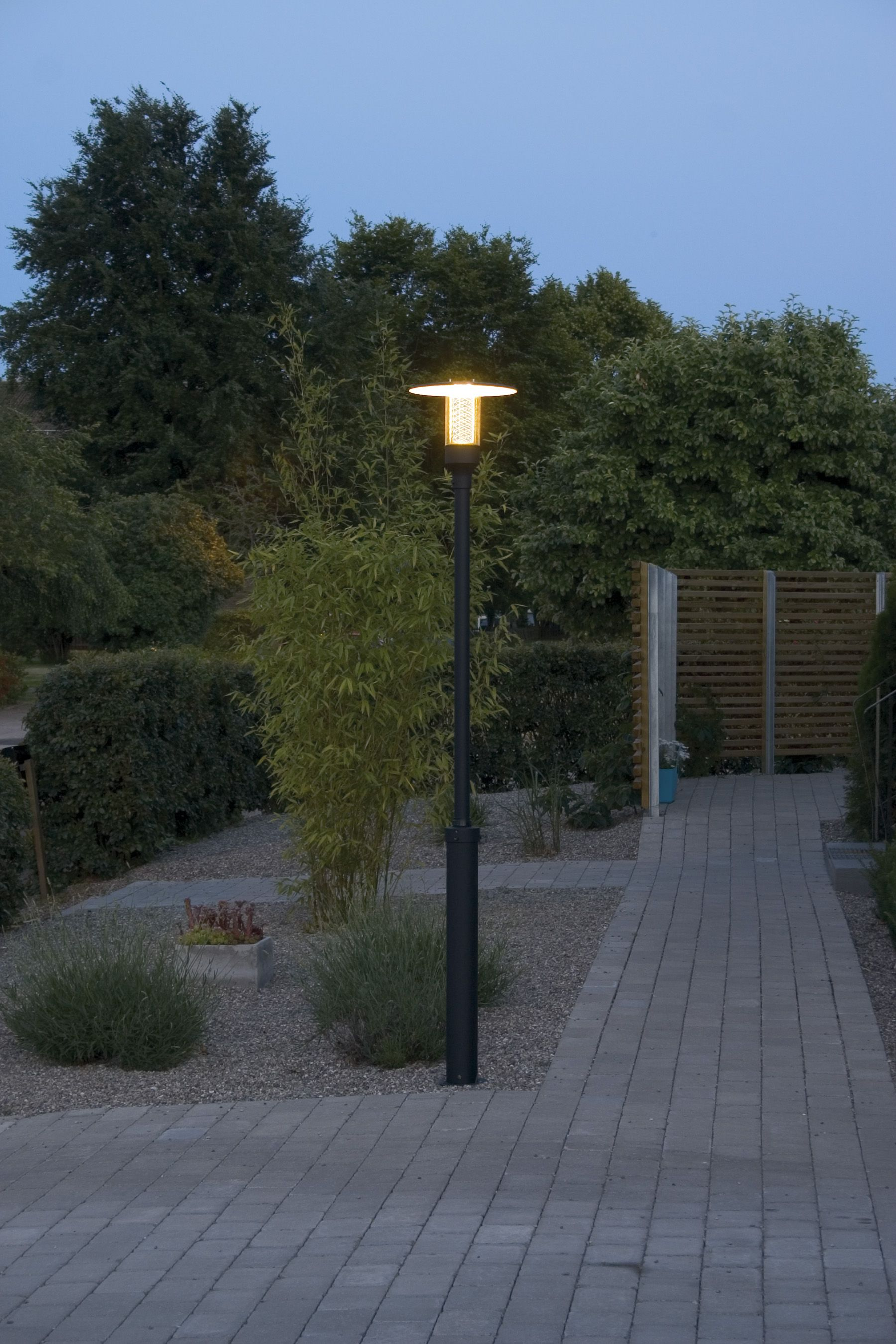 Stylish Modern Lamp Post Modern Lamp Lamp Post Outdoor Lighting