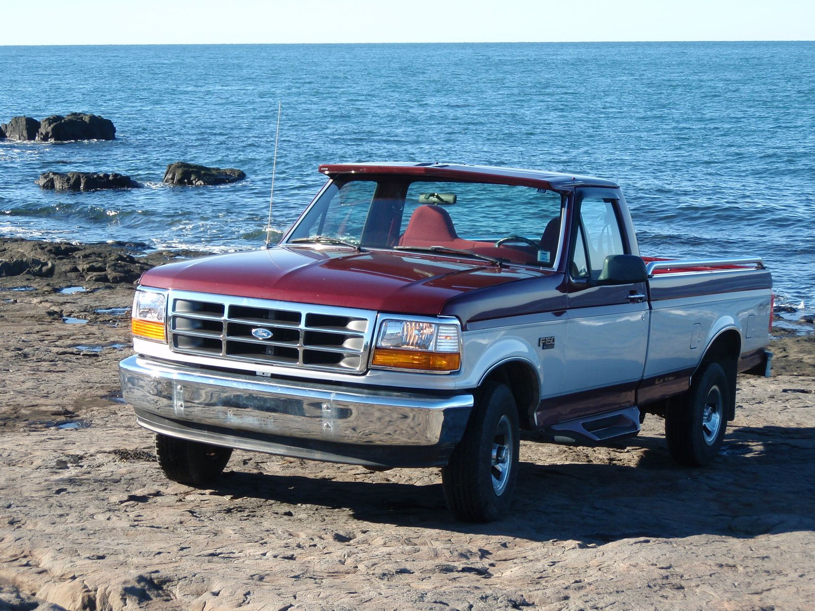 1996 Ford F 150 2 Dr Xl 4wd Standard Cab Lb I Want Ford F150