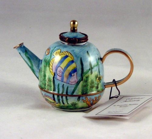 Tropical-Fish-Enameled-Hinged-Miniature-Teapot