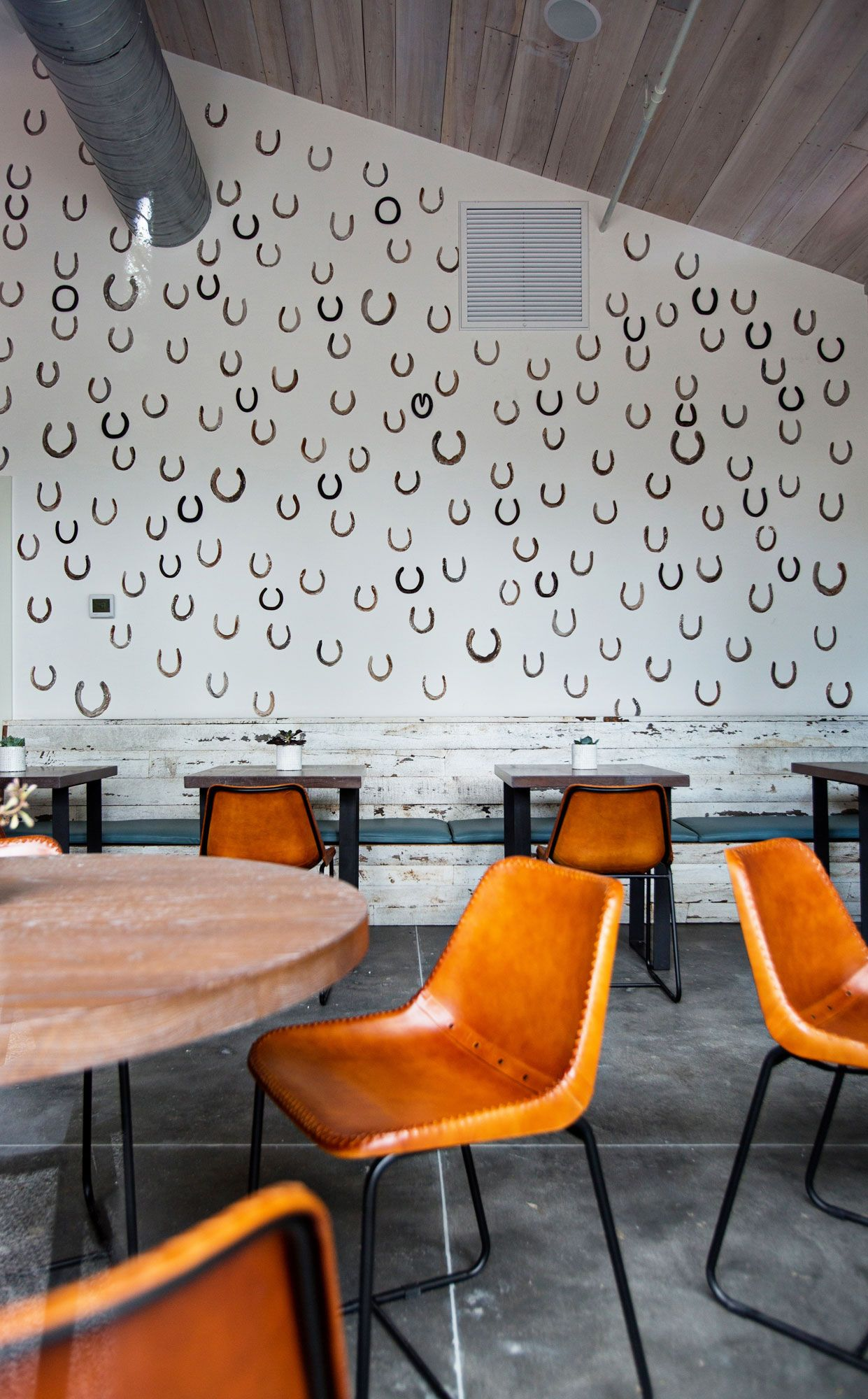 Lewis Barbecue In Charleston Sc Rue Eclectic Restaurant Ideas Interiors