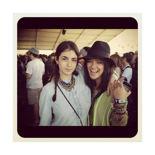 Jessica Szohr and Alanna Masterson looking oh so stylish in Vanessa Mooney Jewelry!