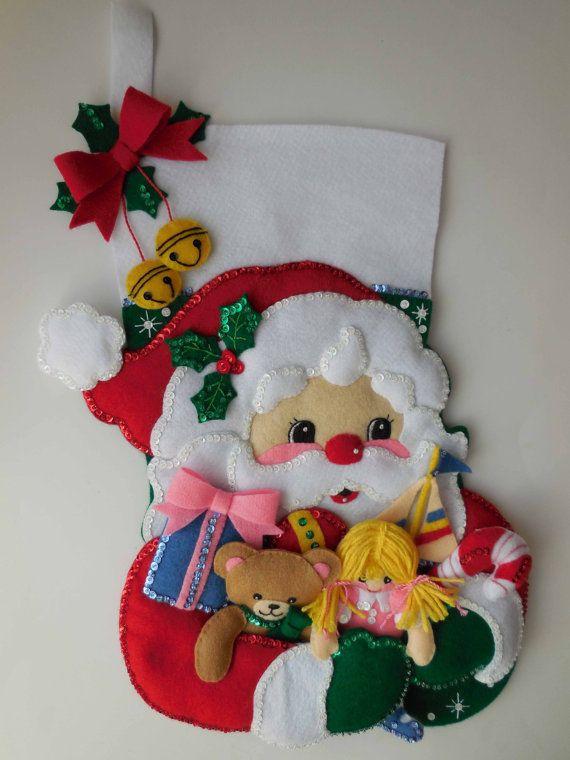 Calcetín de Navidad terminado brazado de por JoysofChristmas