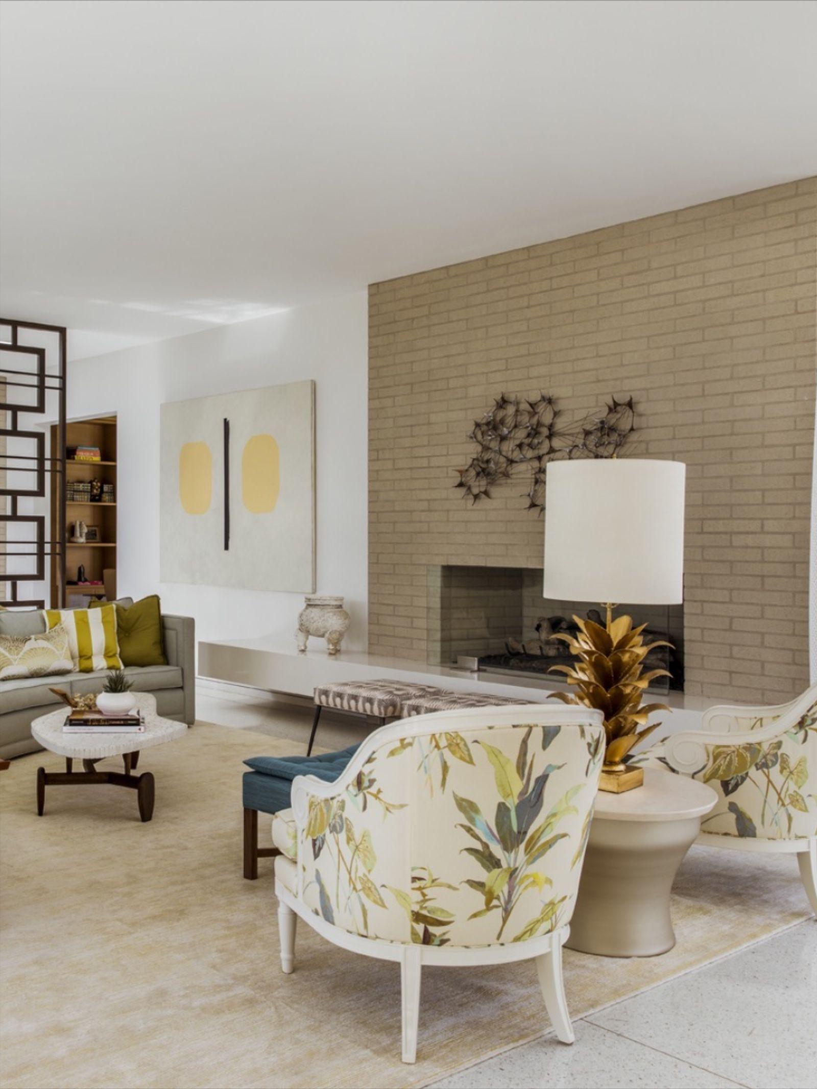 Living Room In Thunderbird Heights Residence Near Palm Springs Mid Century Modern House Residences Living Room