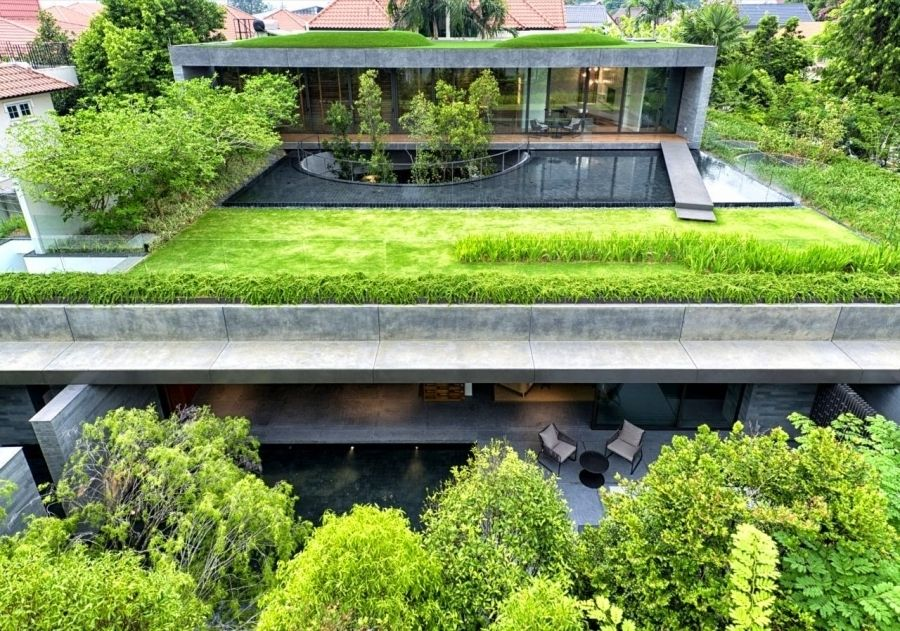 Green Roof House In Singapore The Wall House Modern Home With Regard To Container Home Grass Roof Fachada Verde Techos Verdes Arquitectura Verde