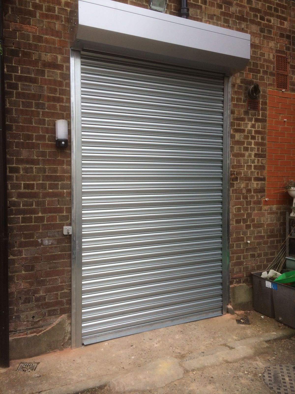 Our Rsg5000 Galvanised Roller Shutters Are Cost Effective And Great Way To Secure Your Business Premises Fitted Recent Roller Shutters Metal Shutters Shutters