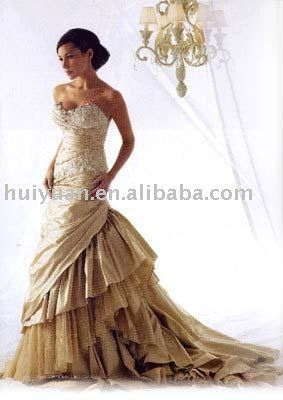 Enchanting Cream Colored Wedding Gowns Images - Top Wedding Gowns ...