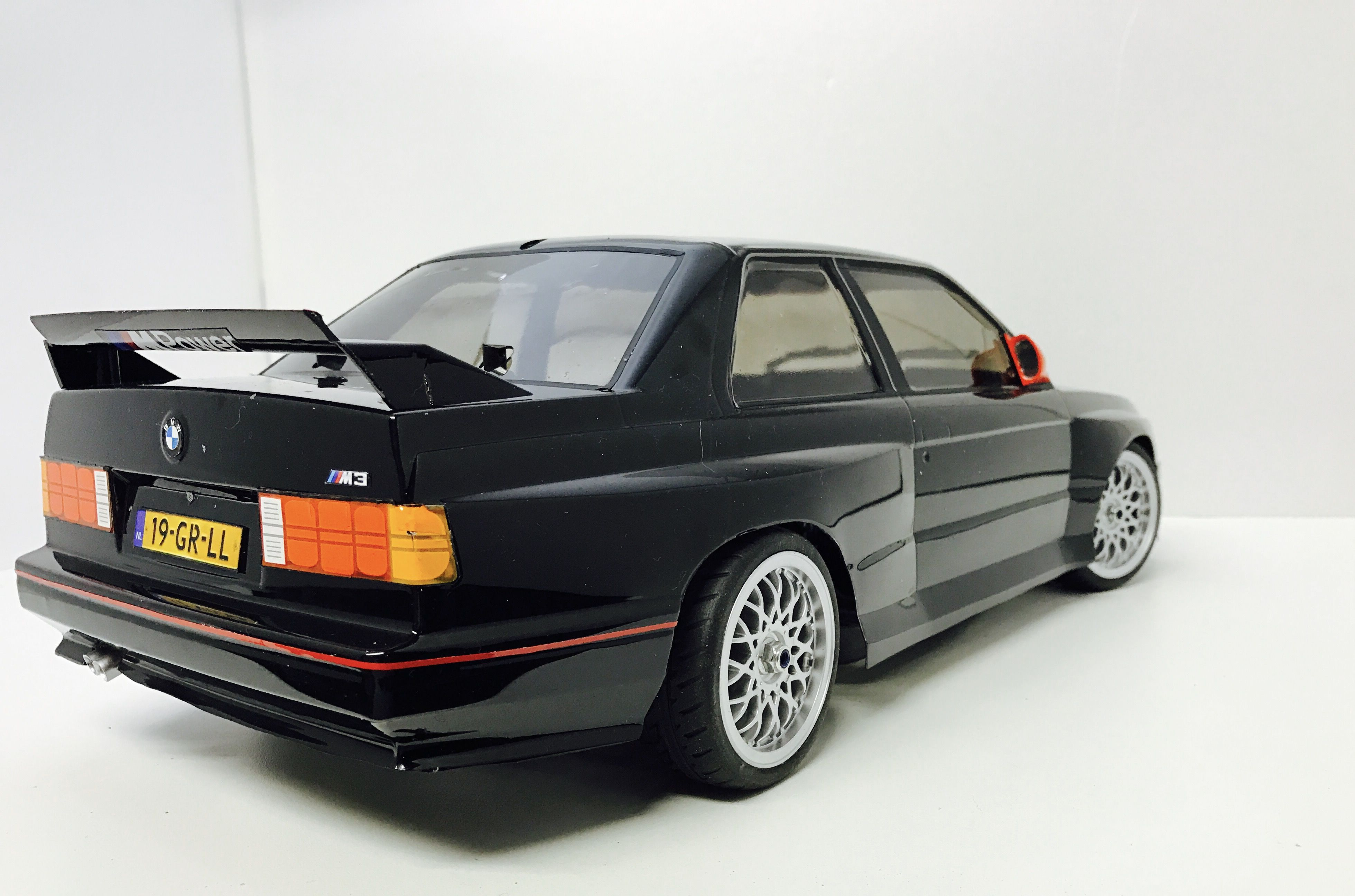 bmw m3 e30 from tamiya 1 10 tamiya bmw m3 cars rc cars. Black Bedroom Furniture Sets. Home Design Ideas