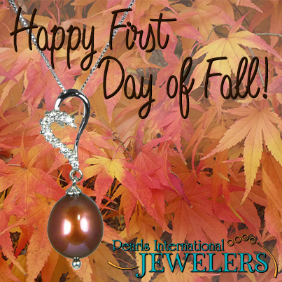 Our favorite thing about fall: chocolate pearls are the perfect pair to fall fashion!